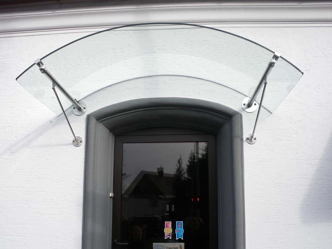Edelstahl Glas Bogenvordach Zuerich